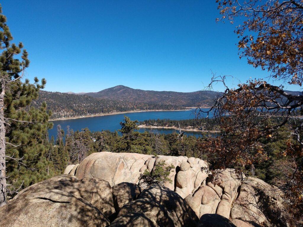 castle rock trail hikes in big bear